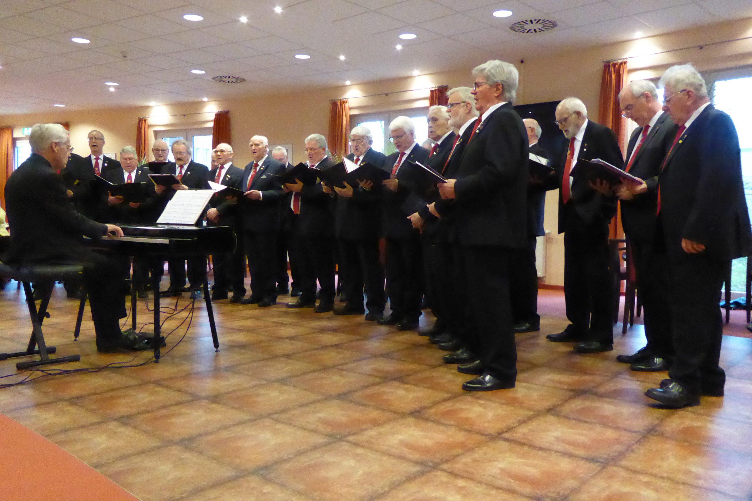 Musikalische Neujahrsgrüße im AWO Carolus Seniorenzentrum 1