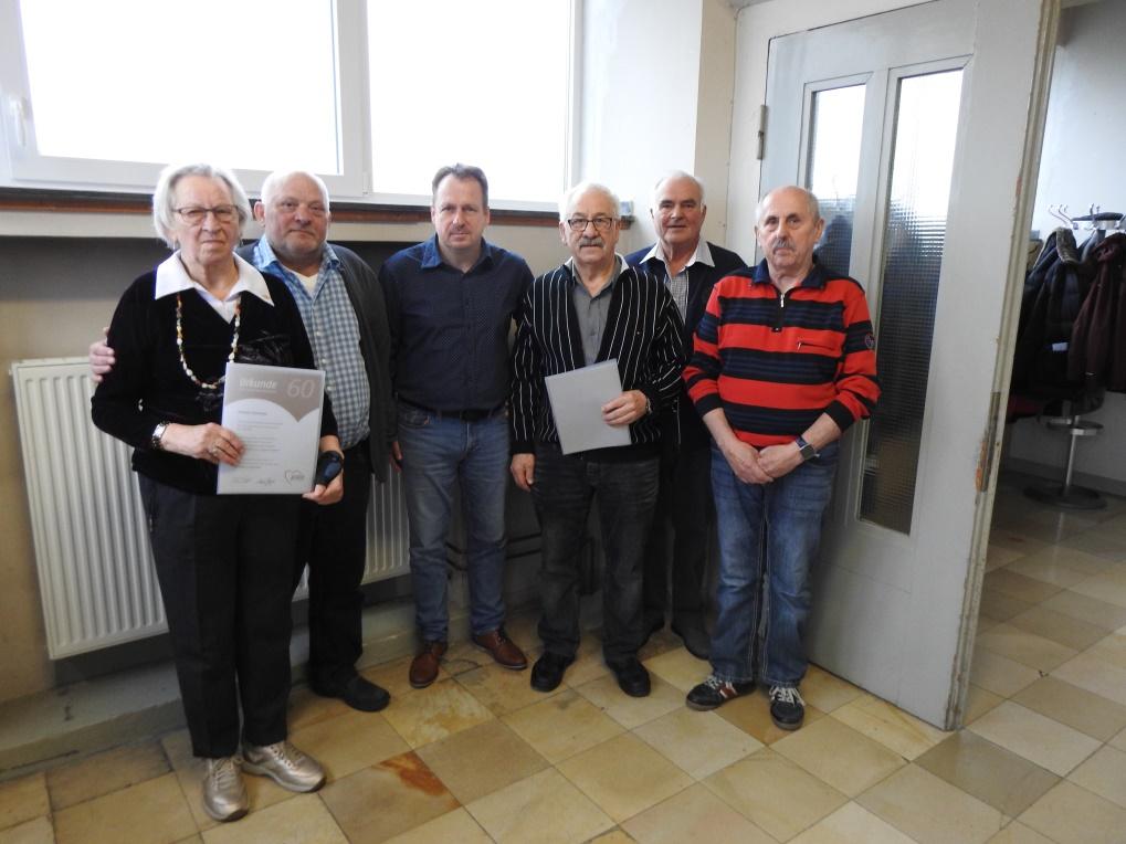 Bernd Reibel leitet weiterhin den AWO Ortsverein Oberbruch 1