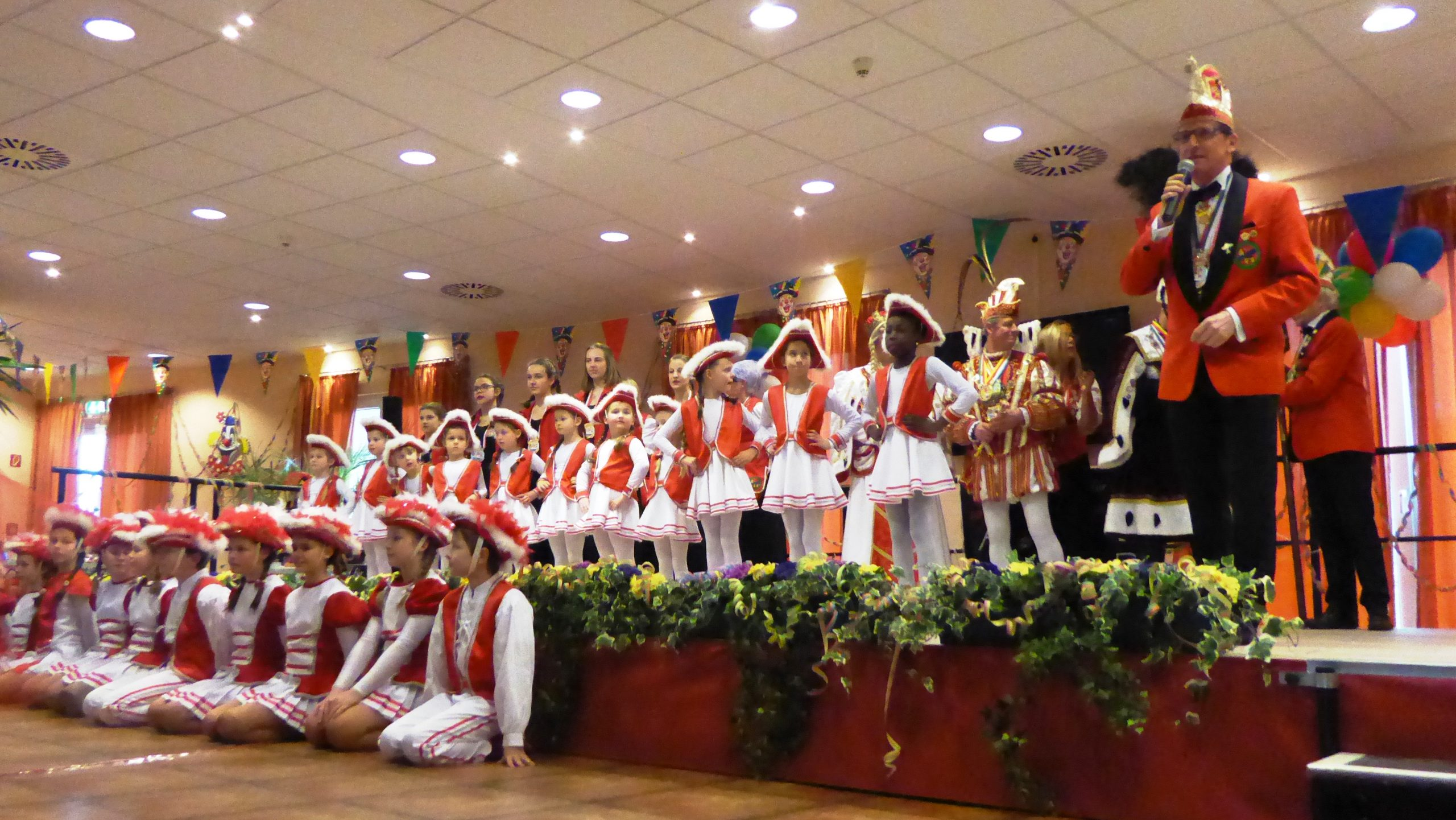 Karnevalistisches Treiben im AWO Carolus Seniorenzentrum 1