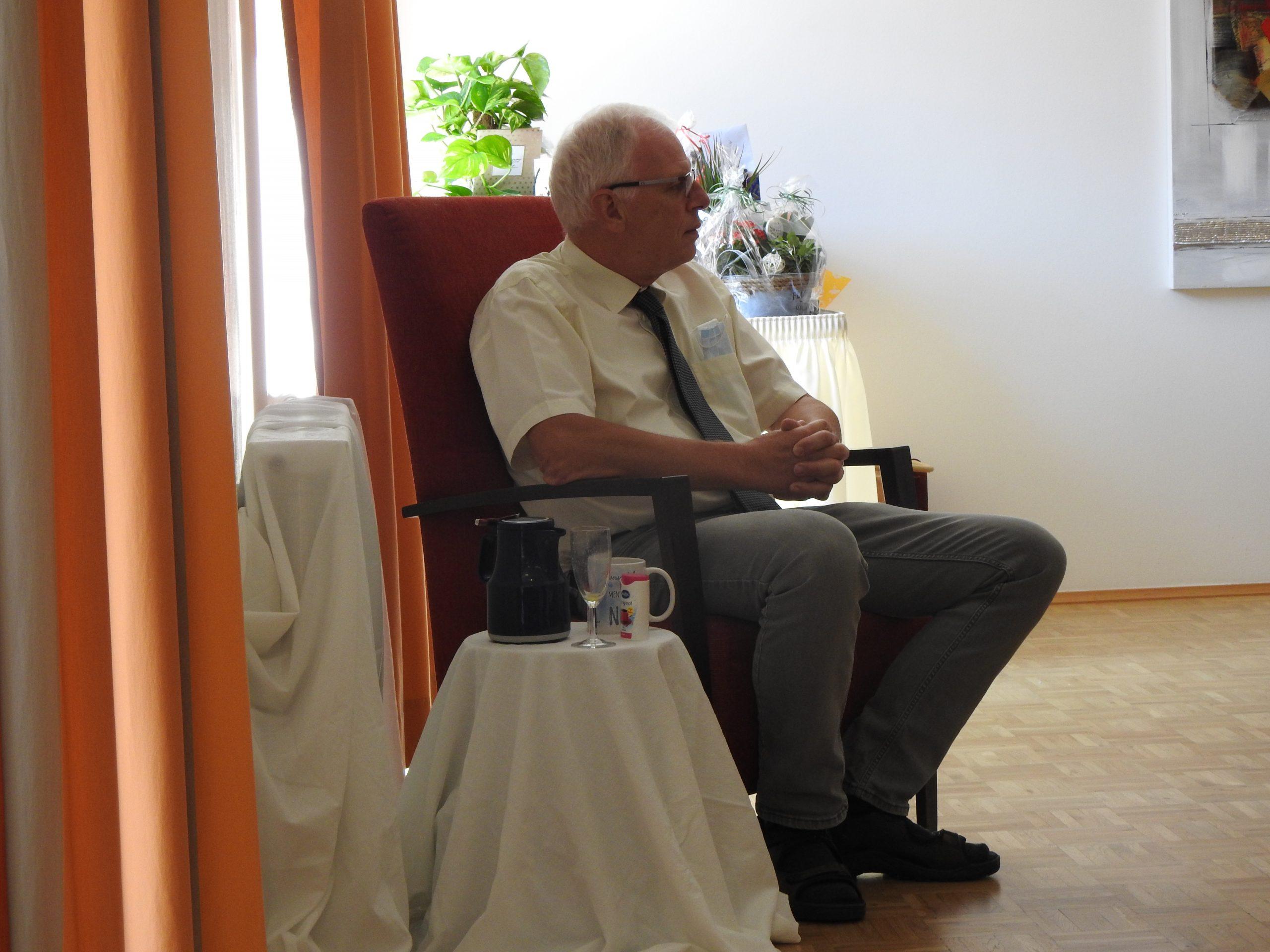 Abschied, die Zweite – Fachbereichsleiter Heinz-Wilhelm Schmitz blickte zurück und ließ sich feiern 1