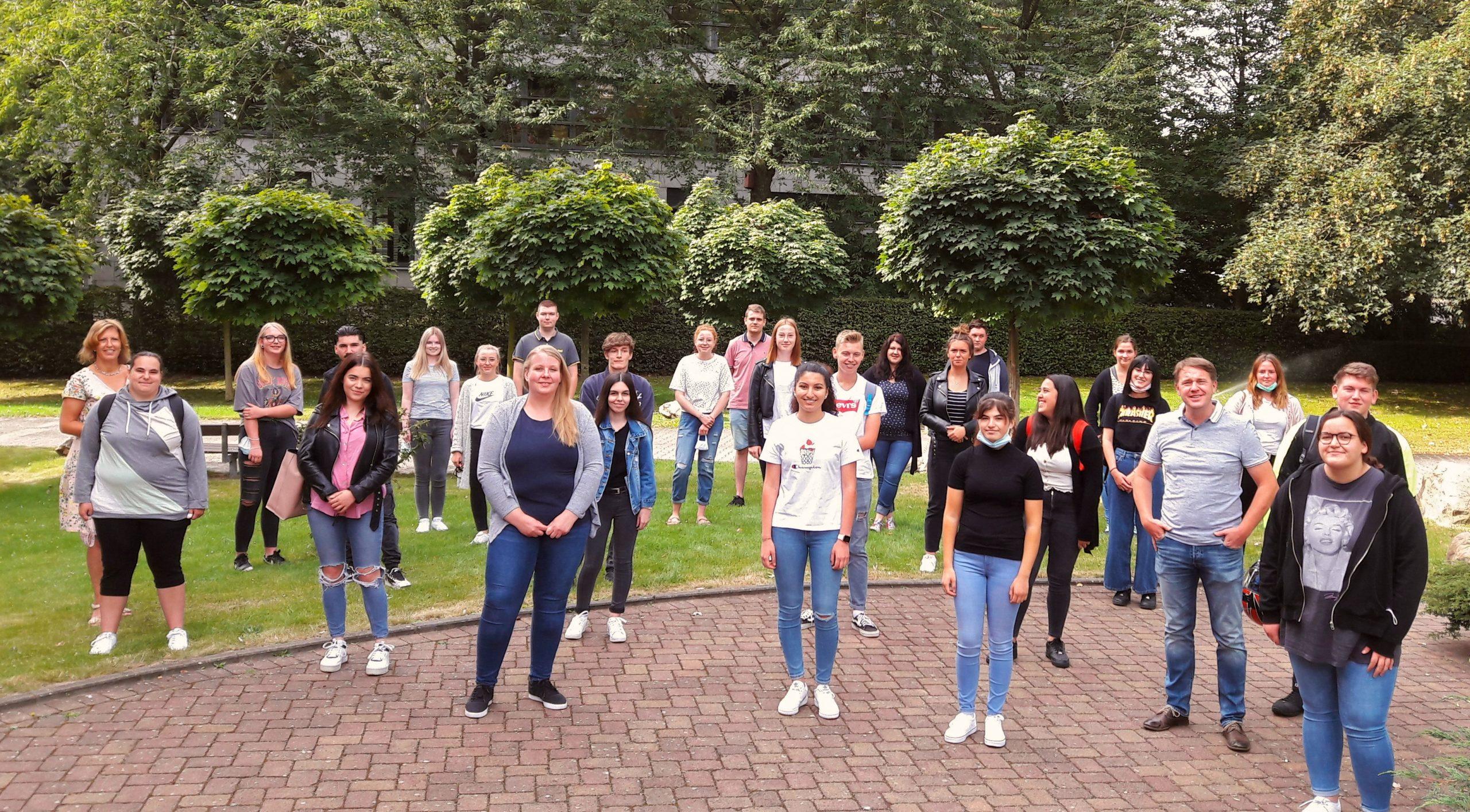 Beginn des ersten Generalistikkurses zur/zum Pflegefachfrau/Pflegefachmann 1