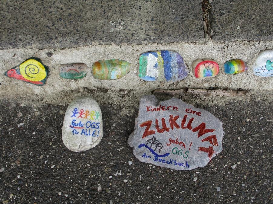 OGS Am Beeckbach bringt Wunsch-Steine in die Landeshauptstadt 2