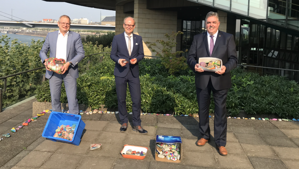 OGS Am Beeckbach bringt Wunsch-Steine in die Landeshauptstadt 3