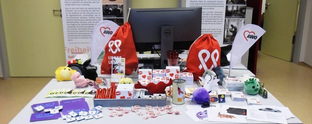 Zum Welt-AIDS-Tag am 1. Dezember waren die AWO-Schutzengel wieder unterwegs 3