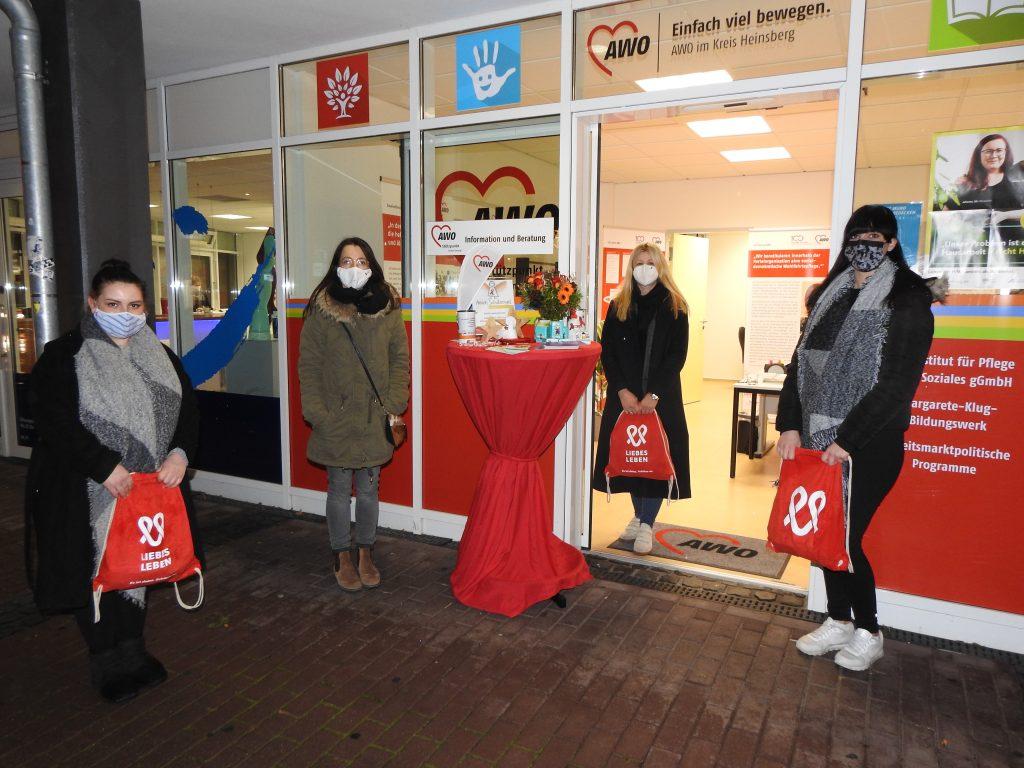 Zum Welt-AIDS-Tag am 1. Dezember waren die AWO-Schutzengel wieder unterwegs 4