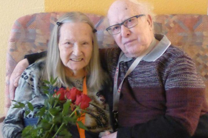 Schöne Überraschungen am Valentinstag im AWO Carolus Seniorenzentrum 1