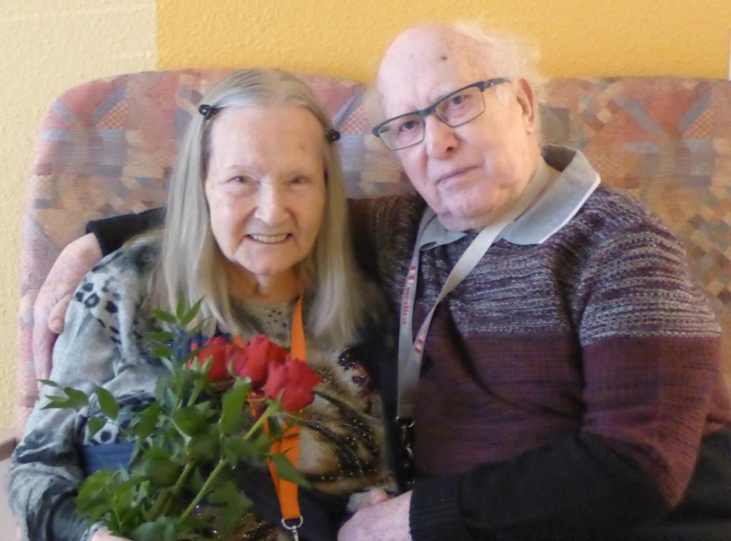 Schöne Überraschungen am Valentinstag im AWO-Carolus Seniorenzentrum 1