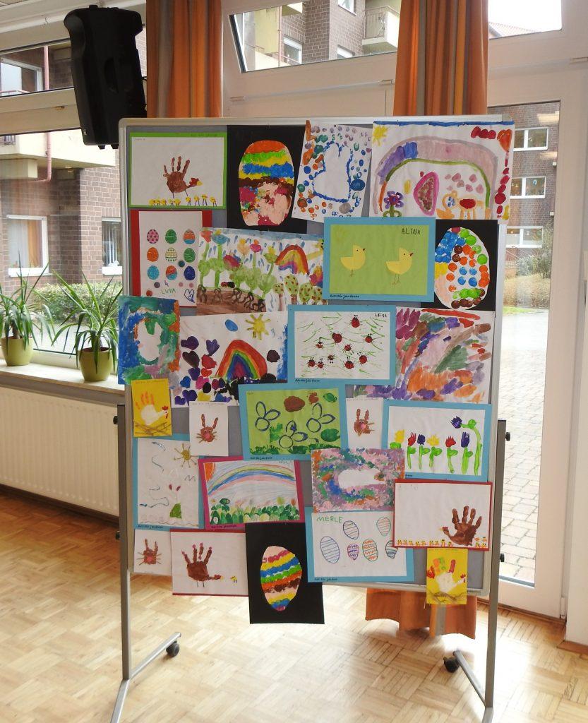 Kita-Kunst erfreut die Bewohner*innen des AWO-Altenzentrums Heinsberg 2