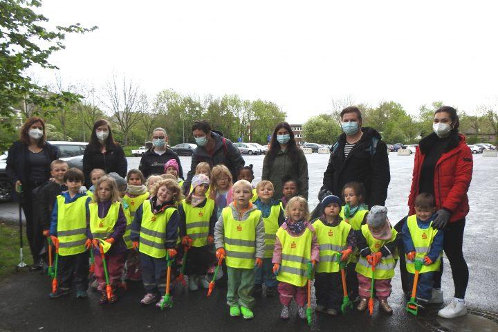 Kindergartenkinder der AWO-Einrichtung in Geilenkirchen im Einsatz für eine saubere Stadt 9