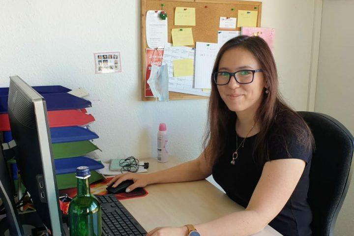 Familienpflegerin Sabine Tim berichtet über ihre Arbeit in der Frauenwohngruppe 1