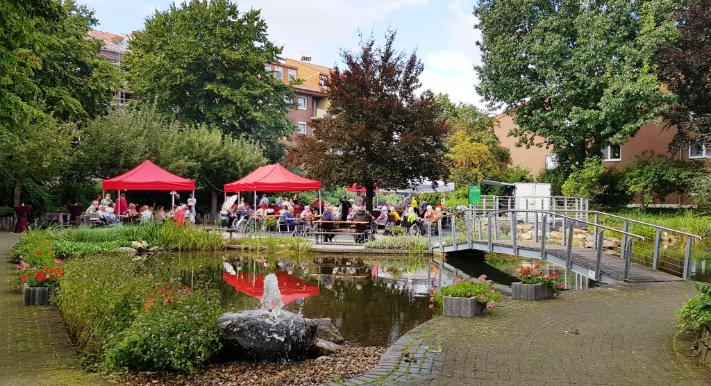 Teichfest am Altenzentrum Heinsberg - Sogar die Sonne war zu Gast 1