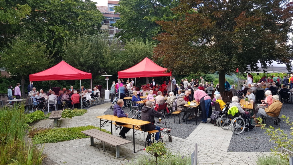 Teichfest am Altenzentrum Heinsberg - Sogar die Sonne war zu Gast 19