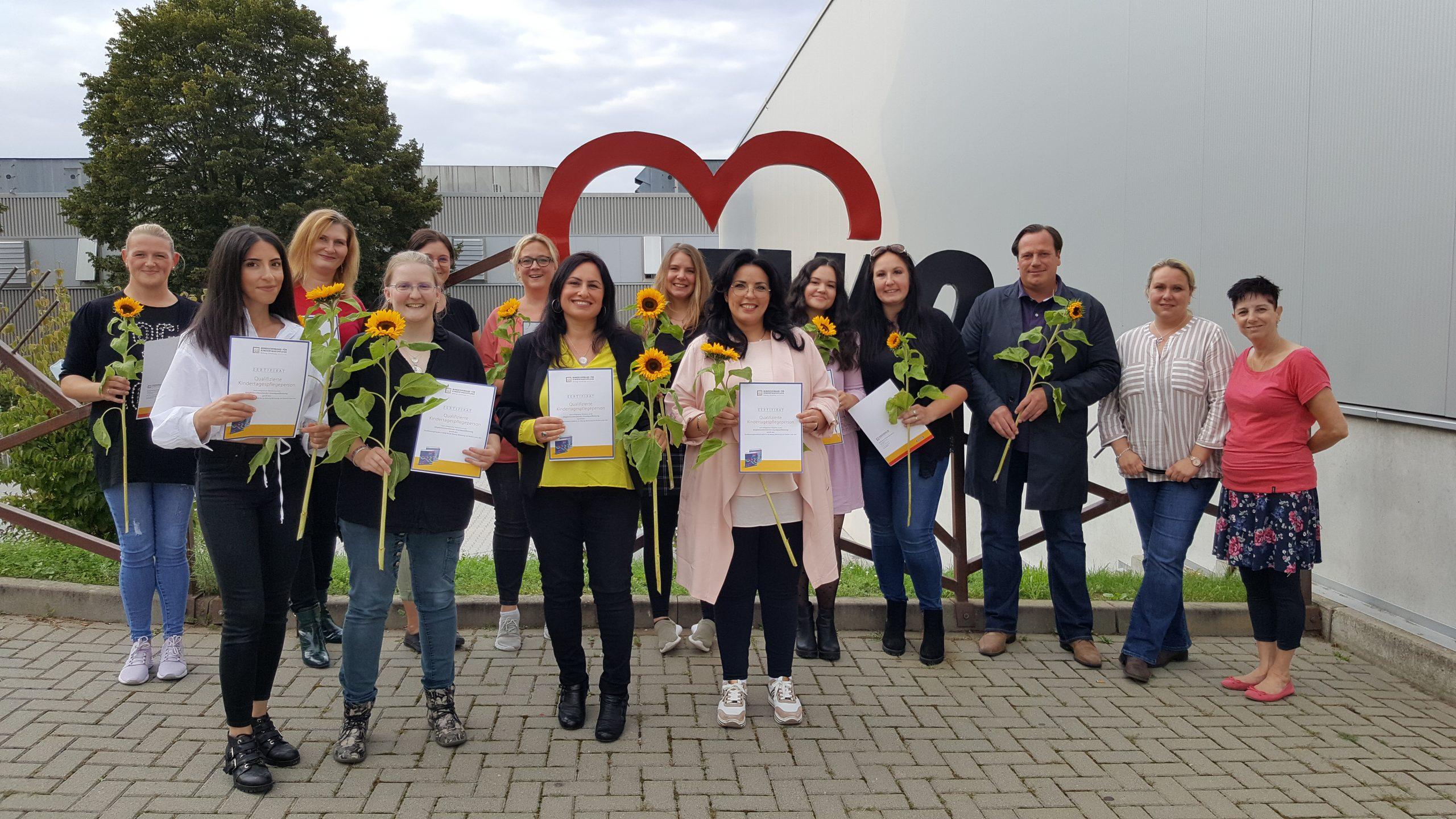 10 neue Tagesmütter und einen neuen Tagesvater vom Margarete-Klug-Bildungswerk qualifiziert 1