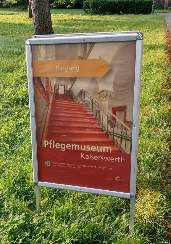 Angehende Altenpfleger besuchen das Pflegemuseum Kaiserswerth 2