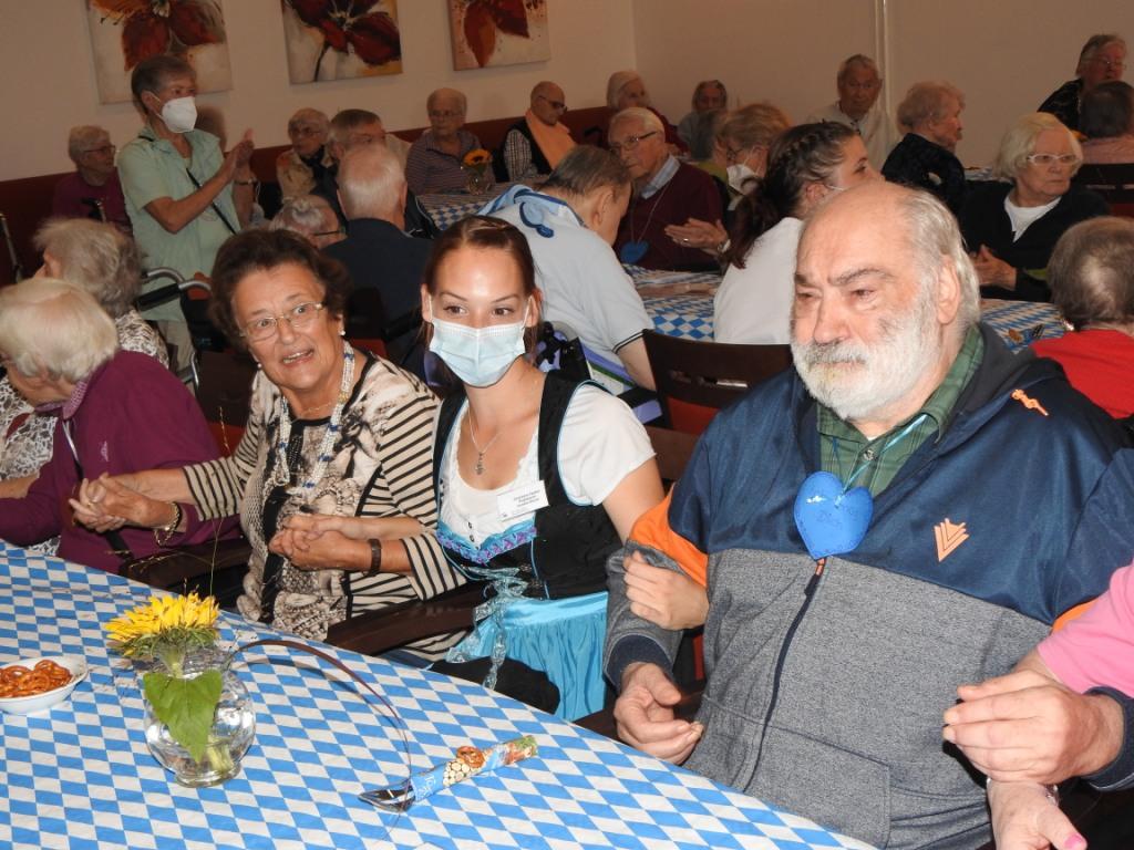 Oktoberfest im AWO-Altenzentrum Heinsberg 6
